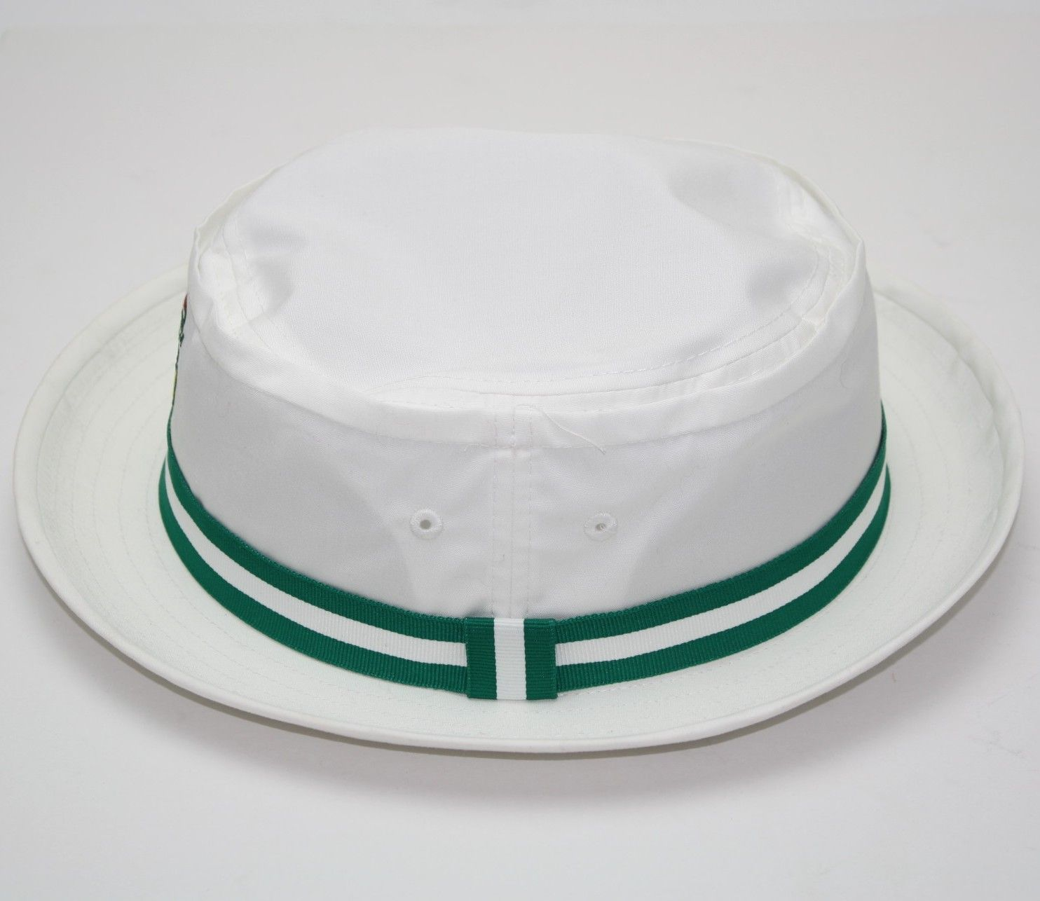 Lot detail augusta national golf club white bucket hat augusta national golf club white bucket hat altavistaventures Image collections