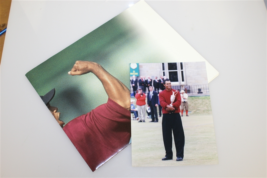 Tiger Woods Upper Deck Fist Pump 'Connecting You To The Game's Biggest Stars' Poster