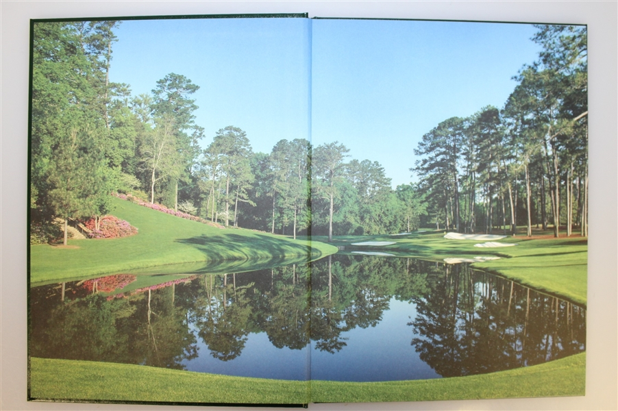 2010 Masters Tournament Annual Book - Phil Mickelson Winner - Seldom Seen