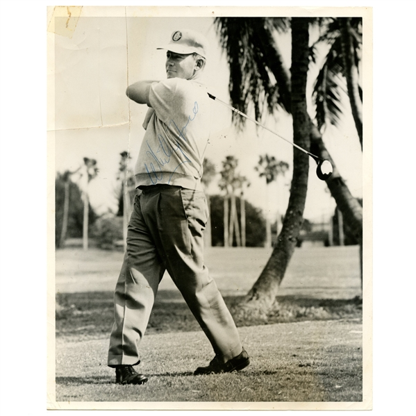 Whitey Ford 1960's Signed 8x10 Golfing Photograph JSA ALOA