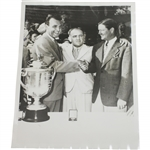 1941 International News Wire Photo of Vic Ghezzi & Byron Nelson at PGA Championship Ceremony