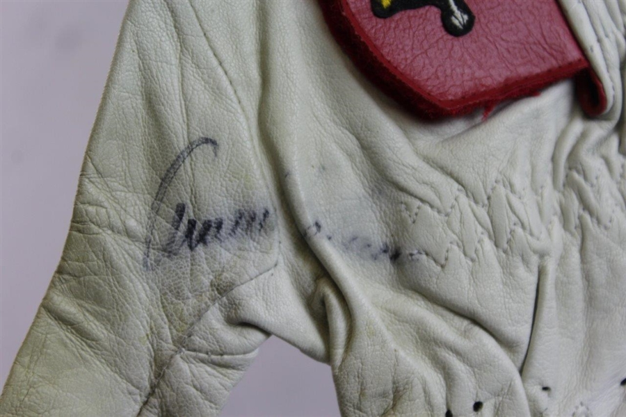 Arnold Palmer Signed Classic Used Umbrella Logo LH Golf Glove JSA ALOA