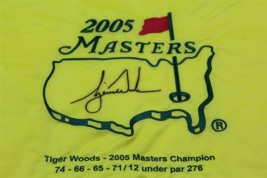 Tiger Woods Ltd Ed Signed 2005 Masters Embroidered Flag with Scores #137/500 UDA